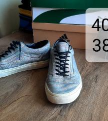 Különleges vans cipő 40,5