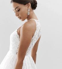 Gyönyörű csupa csipke menyasszonyi ruha