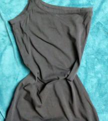 fekete csinos félvállú miniruha