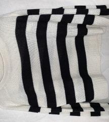 Csíkos kötött pulcsi