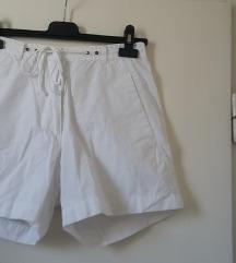 McKinley fehér short, 40-es méretben