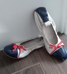 Cipő 39-es