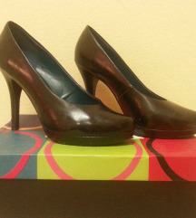 38-as fekete Graceland cipő