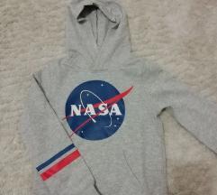 NASA pulcsi