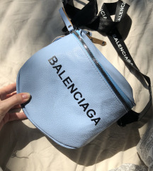 Kék Balenciaga kistáska