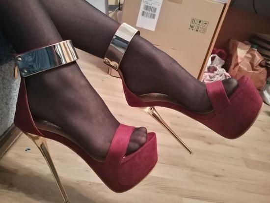 Piros sexy platform magassarkú