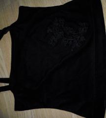 s-es fekete hímzett bársony top