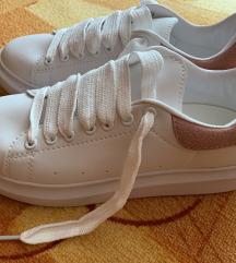 Alexander Mcqueen cipő 40