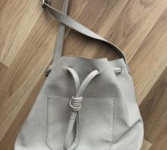 Szürke zsák táska
