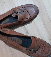 Tavaszi bőr cipő 39