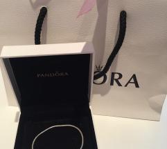 Pandora Essence karkötő