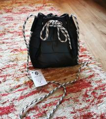 Brittas Új címkés táska