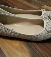 40-es balerina cipő