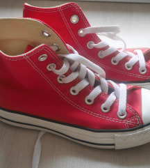 Eladó tornacipő