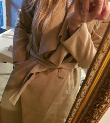 Kabát, vagy kardigán