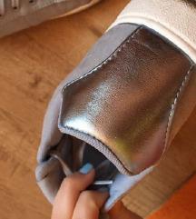 H&M fényes sneaker/tornacipő   37