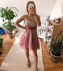 Egyedi rózsaszín tüll koktélruha