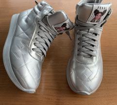 Fendi & niki minage cipő 37 es