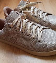 Pimkie csillogós cipő