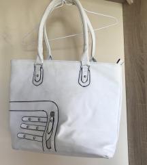Nagy méretű fehér táska