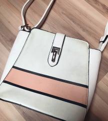 Közepes méretű táskák