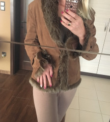 Szőrmés velúr kabát
