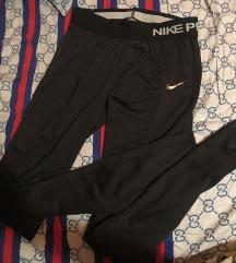 Nike Pro nadrág