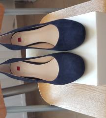 Eladó egy 37-es Högl kék velúrbőr cipő