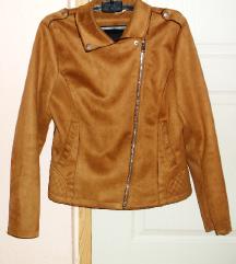 Tevebarna velúrbőr kabát