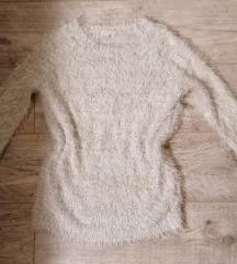 Puha csillogós szürkés fehér meleg pulcsi