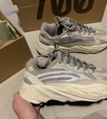 Adidas Yeezy 700 V2 Static Reflective🤠