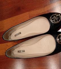 Guess cipő és szandál