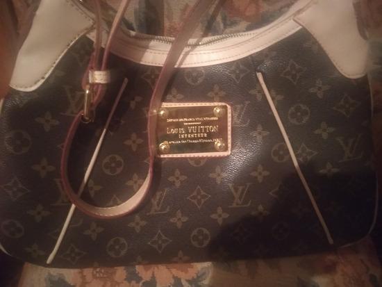 Eredeti Louis Vuitton táska