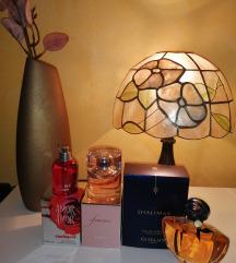 Frissen bontott eredeti parfümök