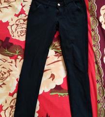 Fekete nadrág 28-as (ár alkudható)