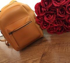 Mustárszínű hátizsák