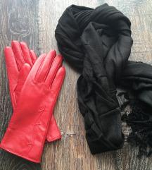Piros bőrkesztyű fekete kendővel
