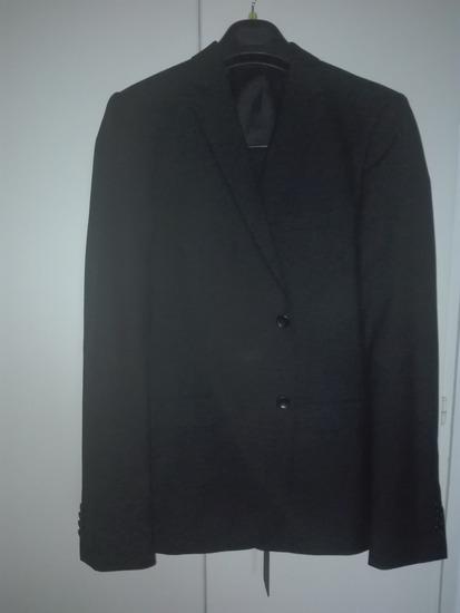 Fekete vőlegény öltöny slim fit
