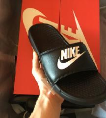 Nike Benassi jdi (papucs)
