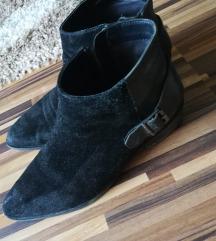 Zara 37es velúr bőr csizma