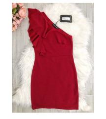 Prettylittlething piros alkalmi ruha