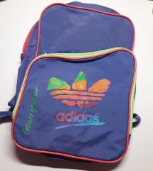 LEÁRAZVA! Adidas retro stílusú hátizsák