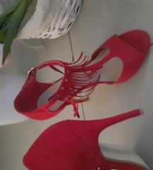 Piros szandál