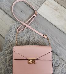 Rózsaszín kistáska