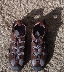 ÚJ 42-es férfi cipő