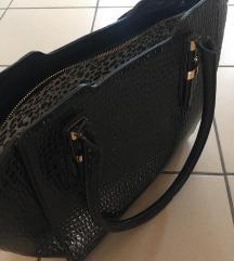 Fekete lakk táska