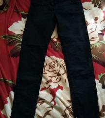 Fekete kb 27-es nadrág (ár alkudható)
