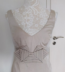 elegáns ruhácska
