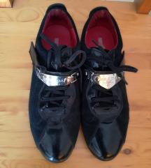 37-es eredeti Prada cipő