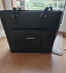 Nagy méretű táska